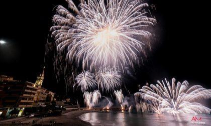 Grande festa a Recco, presa d'assalto da turisti da ogni parte del globo