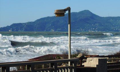 Santa Margherita Ligure, ripristino scalette danneggiate da mareggiata
