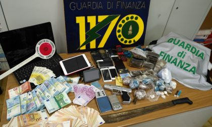 Zia e nipote con un chilo di cocaina in camera da letto. Arrestati nello spezzino