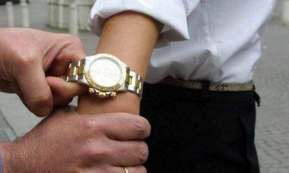 Banda dell'orologio, denunciate tre donne e un uomo di origini romene
