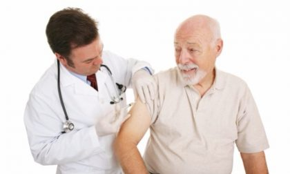 Vaccino over 80, tempi di attesa contenuti per le prenotazioni
