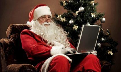 Raccolta di regali e Babbo Natale su prenotazione