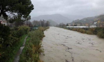 """Sta esondando il fiume Entella, il Comune di Chiavari: """"Abbandonate i piani bassi"""""""
