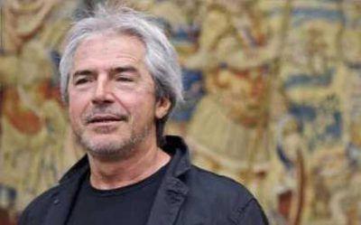 Tullio Solenghi legge Paolo Villaggio