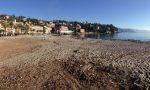 Post mareggiate: ripulita in mattinata la spiaggia di Ghiaia