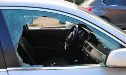 Il vandalo delle auto e moto a Chiavari era un militare ubriaco