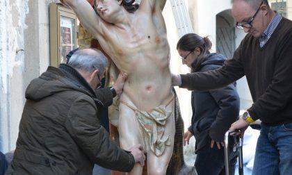 La statua di San Sebastiano si rifà il trucco per incantare i newyorkesi