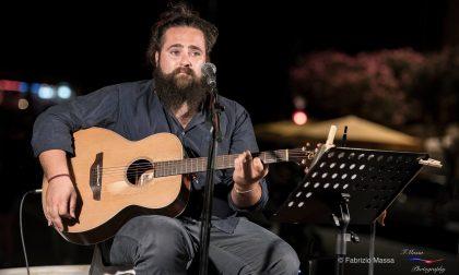 Il cantautore chiavarese Gioacchino Costa apre la prima stagione di Teatringïo
