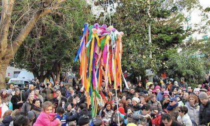 A Recco il Carnevale Esplosivo sfida il maltempo