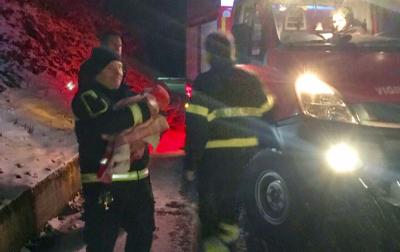 Giovane coppia di Sestri bloccata nella neve con i figli, intervengono i Vigili del fuoco
