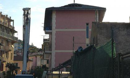 A fuoco un tetto nel centro storico di Rapallo