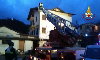A fuoco un tetto a Pezzonasca, Moconesi