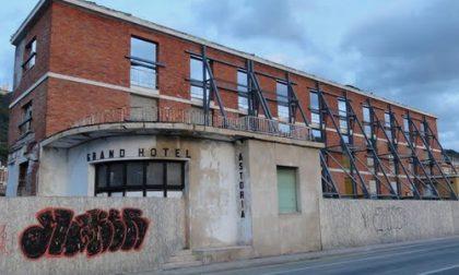 """Astoria, riparte il cantiere: il complesso chiuso da 20 anni forse ora diventerà """"vivo"""""""