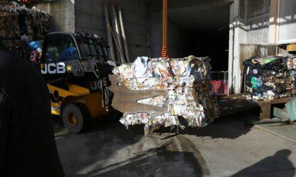 Abbandono di rifiuti, sette multe