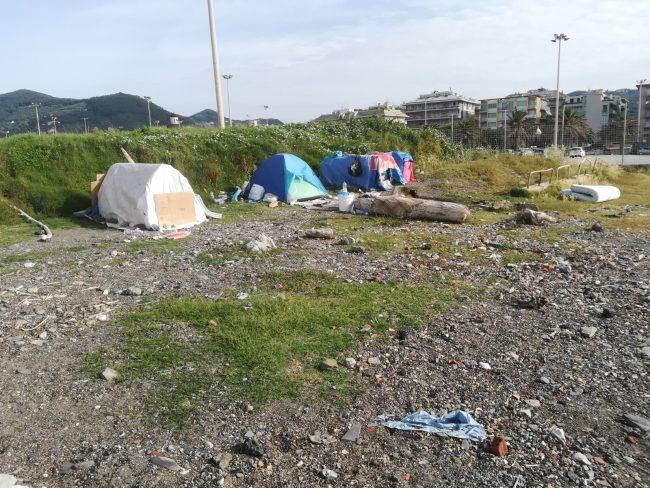 Sgombero accampamenti e rifugi di fortuna di Piazza Giovanni Paolo II