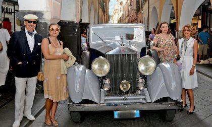 Glamour, le auto e le moto d'epoca incantano Chiavari