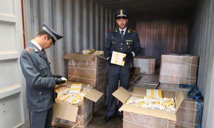 Sequestrati dalla Finanza  1,3 tonnellate di medicinali contraffatti