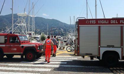 Rapallo, stamattina allarme in porto per presenza di fumo in un'imbarcazione