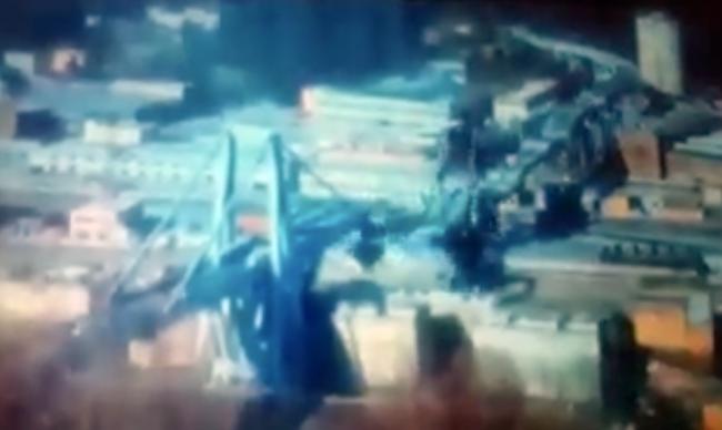 Ponte Morandi, il filmato fake su cui si gettano gli avvoltoi