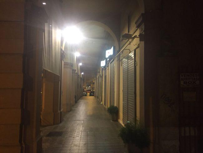 Nuova illuminazione a led dei portici di corso dante il nuovo