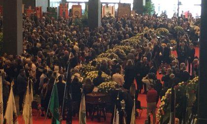 Genova, funerali solenni, in corso la funzione
