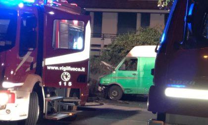Lavagna, furgone esploso nei pressi dell'ospedale