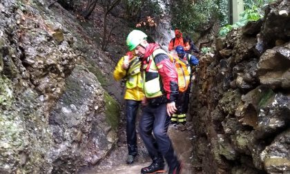 Cade sul monte di Portofino, i soccorsi