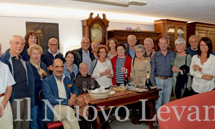 La Confraternita Fidus Alma incontra il coro Antoniano di Chiavari: premiato Padre Costanzo Milesi
