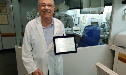 Sessant'anni di attività premiato Umberto Garra
