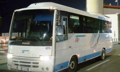 Corriera vandalizzata: paura per i passeggeri di un bus a Pieve Ligure