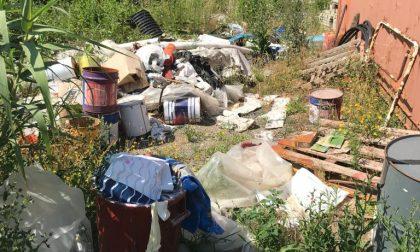 Sestri, la Lega denuncia la presenza di rifiuti nel Parco Mandela