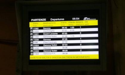 Treni, un'altra giornata difficile per i pendolari