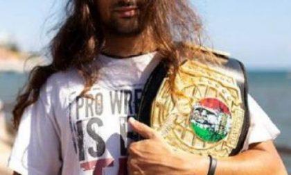 """Il campione """"Sami Grayson"""" è pronto a infiammare il ring"""