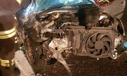 Spaventoso incidente nella notte in A12