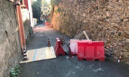 Chiavari, via Gaetano Descalzi: riprendono gli interventi di pulizia dei condotti delle acque piovane