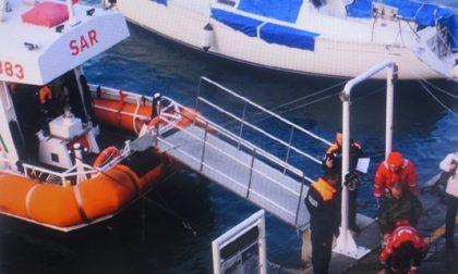 Cade a San Fruttuoso: l'intervento della Guardia Costiera