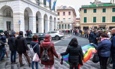 """L'Italia che resiste ritorna il 2 marzo: """"Indossate qualcosa di rosso"""""""