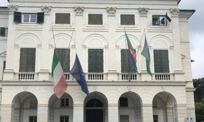 Bandiere a mezz'asta a Palazzo Bianco per il Giorno del Ricordo