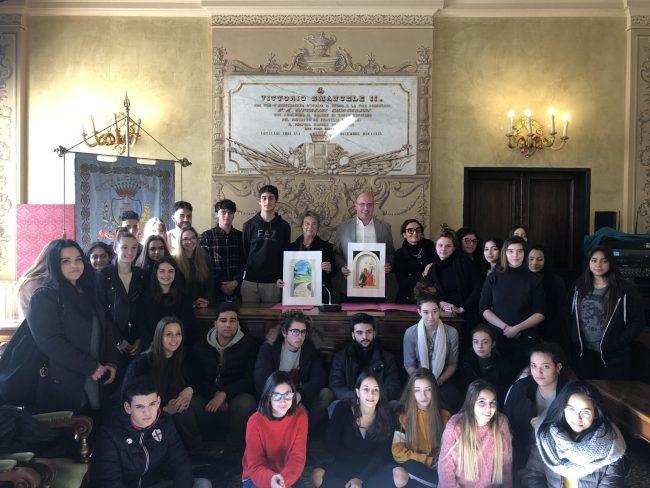 Studenti del Luzzati a Palazzo Bianco, Di Capua: «Sogno un campus per loro in Colmata»