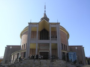 Stamani i funerali di Giampaolo Lucia