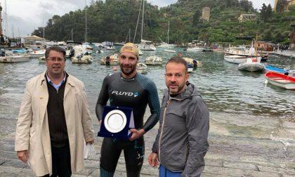 Record di Edoardo Stochino nella traversata Sestri Levante-Portofino
