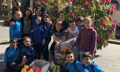 Donacibo, i ragazzi del San Benedetto di Rapallo aiutano gli indigenti