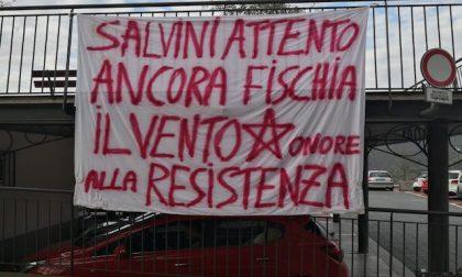 Uscio, striscione contro Salvini, la Lega: «Seminano odio»