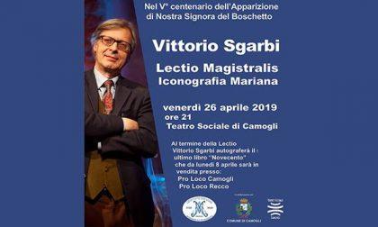 Vittorio Sgarbi al Teatro Sociale di Camogli