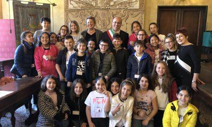 Gli alunni della 5B del Mazzini in visita a Palazzo Bianco