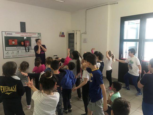 Giornata dello sport, la primaria di Carasco festeggia coi bambini