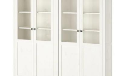 Ikea ritira dal mercato librerie e armadi con ante in vetro HEMNES