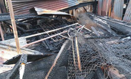 Le immagini dopo l'incendio in via San Pio X