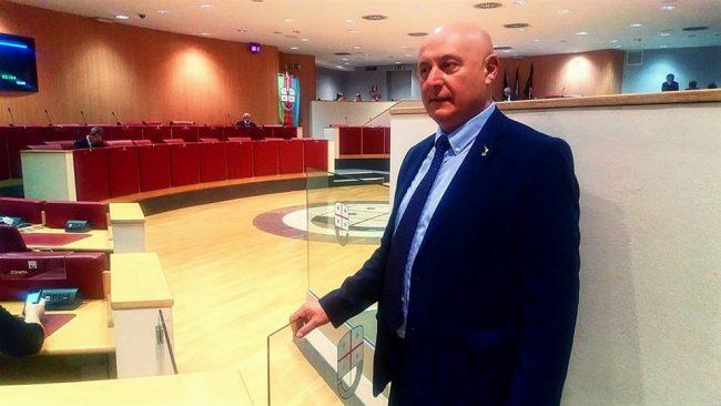"""Bolkestein, Mazza: """"I Comuni devono rinnovare le concessioni balneari"""""""
