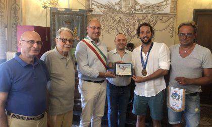 Chiavari premia Stefano Luongo, pallanuotista campione del mondo